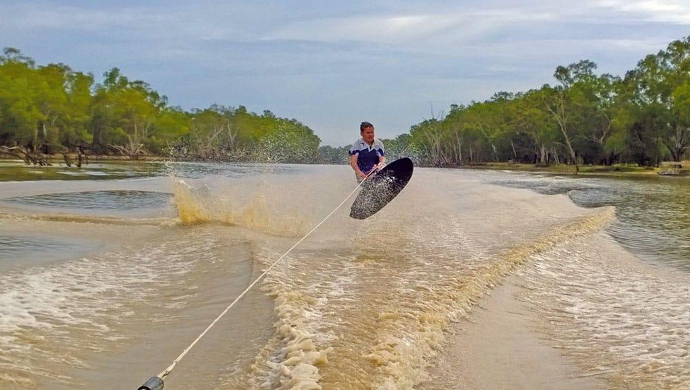 Carnet 497_ski nautique